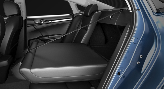 Honda All-New Civic 2018 rear seats