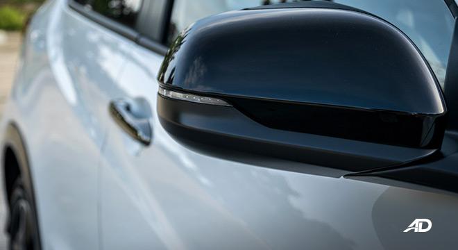 honda hr-v review road test side mirrors exterior