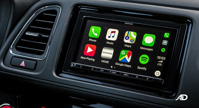 honda hr-v review road test touchscreen infotainment apple carplay philippines interior