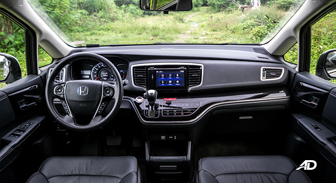 honda odyssey review road test dashboard interior philippines