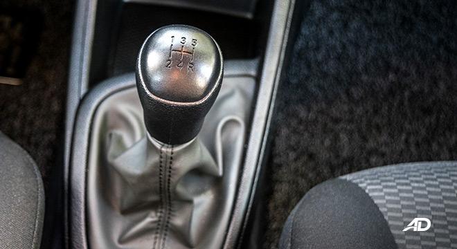 hyundai reina road test gear lever manual interior philippines