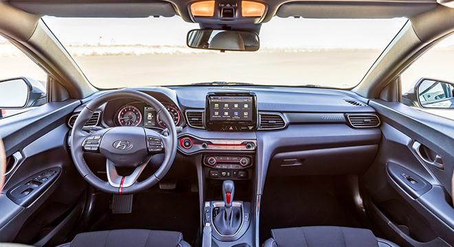 Hyundai Veloster 2018 interior