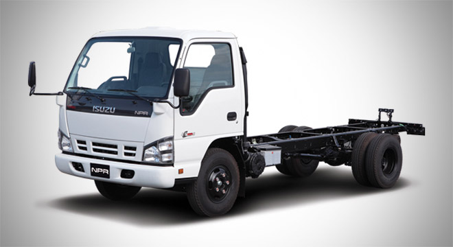 Isuzu N-Series 2018 commercial vehicle
