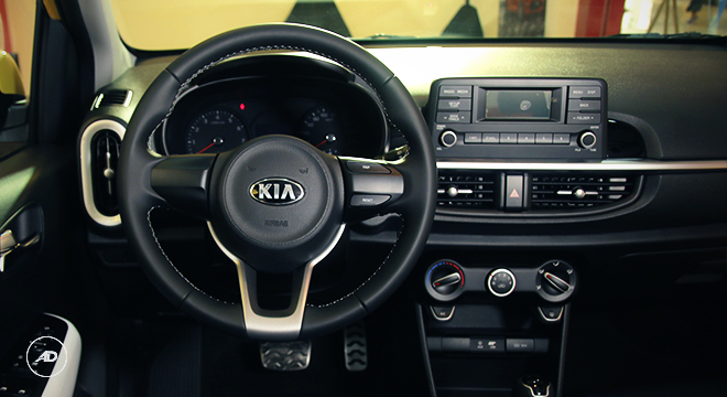 Kia Picanto 2018 steering wheel