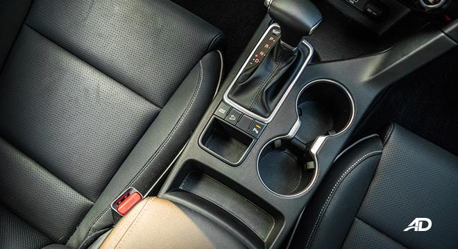 kia sportage review road test seats interior