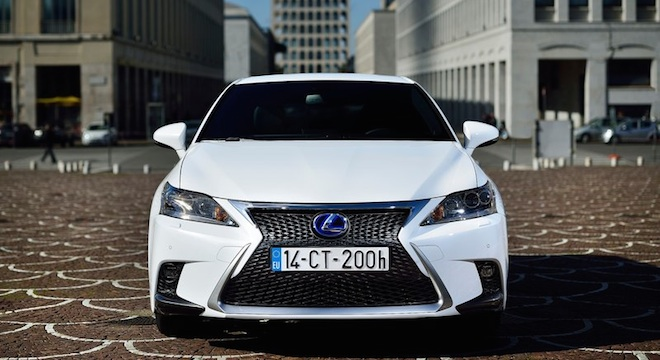 Lexus CT 2018 front