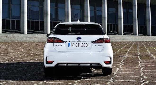 Lexus CT 2018 rear