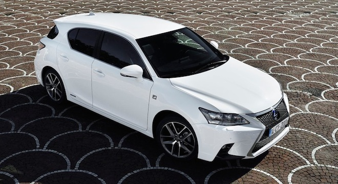 Lexus CT 2018 side