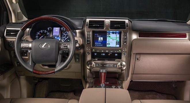 Lexus GX 2018 interior