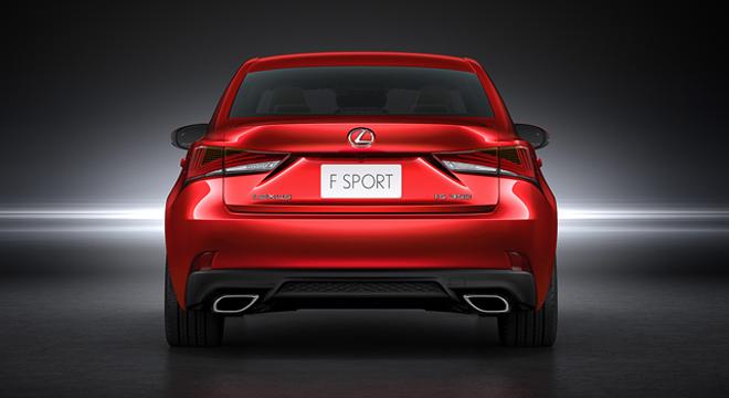 Lexus IS 2018 rear