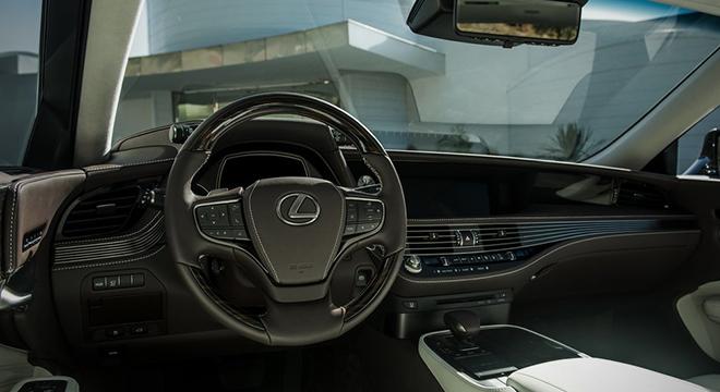 Lexus LS 500 2018 steering
