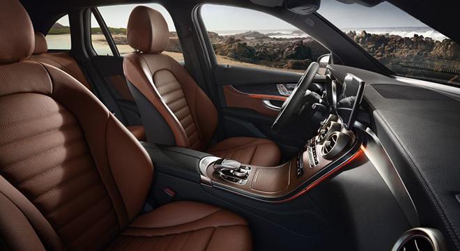 Mercedes-Benz GLC 2018 interior