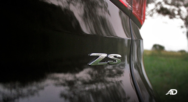 MG ZS road test review badge exterior