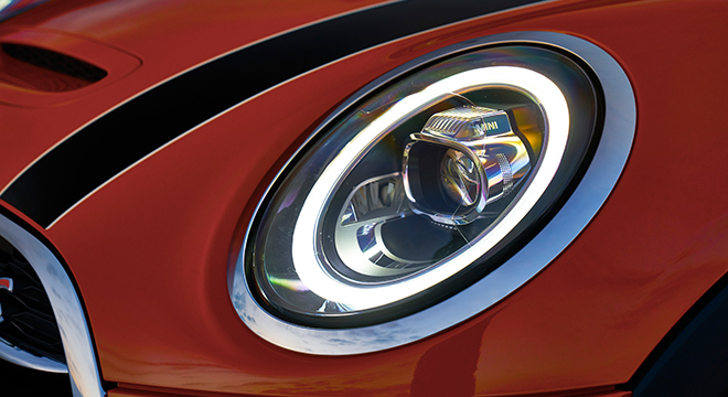 MINI Cooper 3 Door Hatch 2018 headlight