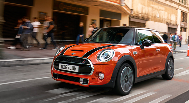 MINI Cooper 3 Door Hatch 2018 orange