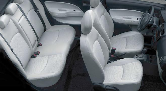 Mitsubishi Mirage G4 2018 seats