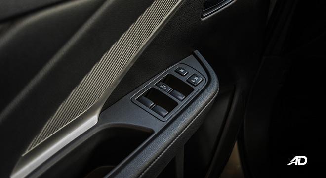 mitsubishi xpander road test door controls interior