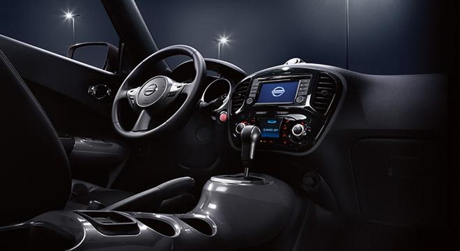 Nissan Juke 2018 cockpit