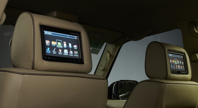 Nissan Patrol Super Safari 2018 backrest monitor
