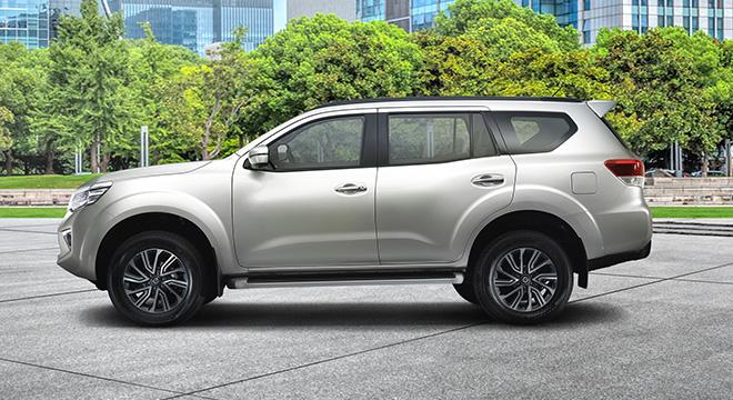 Nissan Terra side profile