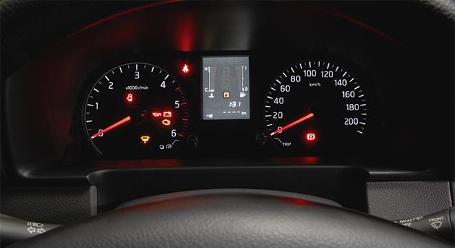 Nissan Urvan gauge cluster