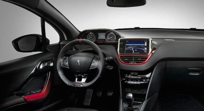 Peugeot 208 2018 interior