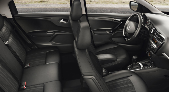 Peugeot 301 2018 interior