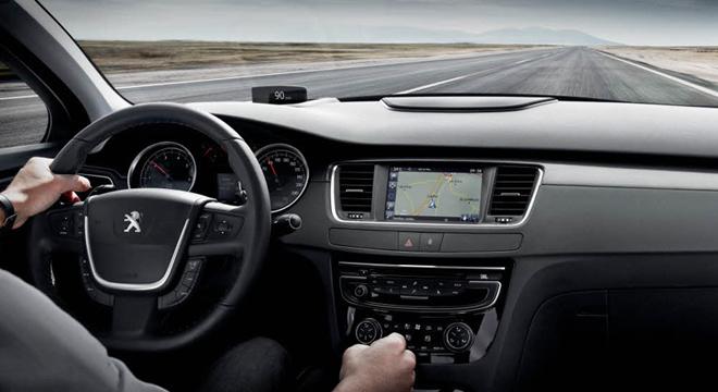 Peugeot 508 2018 dashboard
