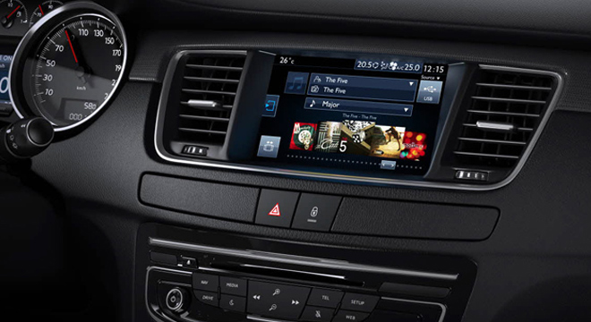 Peugeot 508 2018 multimedia