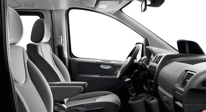Peugeot Expert Tepee 2018 interior