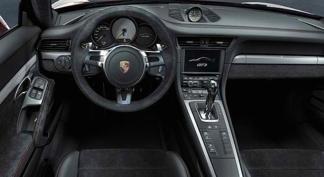 Porsche 911 GT3 2018 dashboard