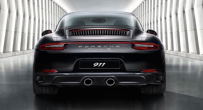 Porsche 911 Targa 4 2018 rear
