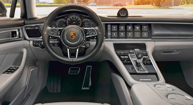 Porsche Panamera 2018 dashboard