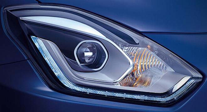 Suzuki Dzire 2018 headlight