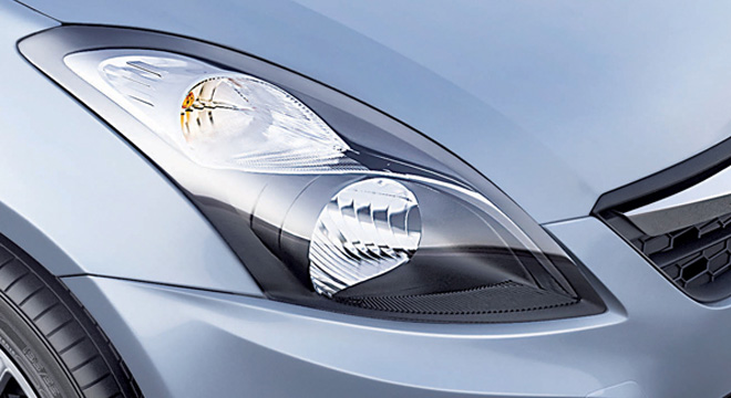 Suzuki Swift Dzire 2018 headlight