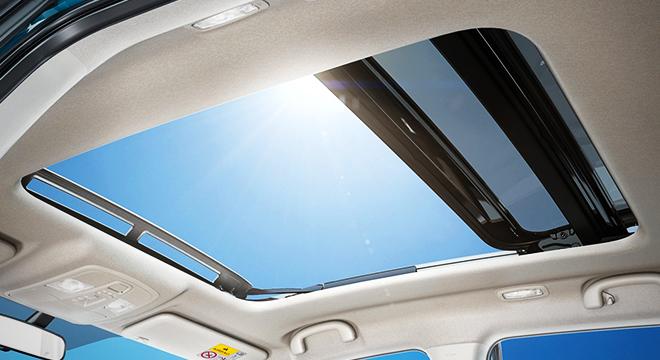 Suzuki Vitara 2018 sunroof