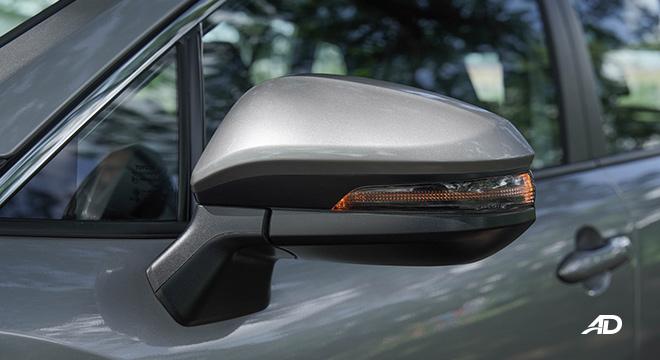 Toyota Corolla Cross side mirror turn signal