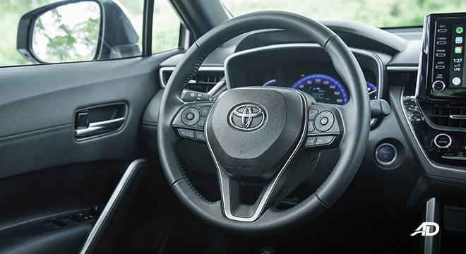 Toyota Corolla Cross  steering wheel