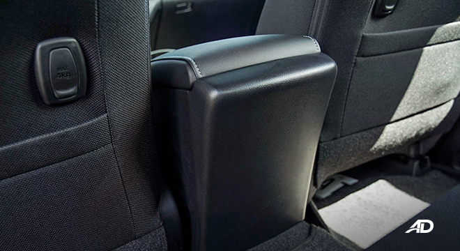 Toyota HIlux Conquest road test center console