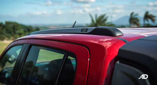 Toyota HIlux Conquest road test roof rails