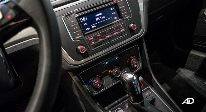 volkswagen lavida showroom front panel interior
