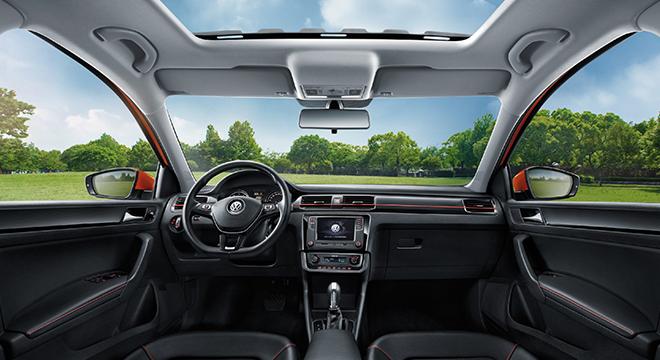 Volkswagen Santana GTS 2018 interior