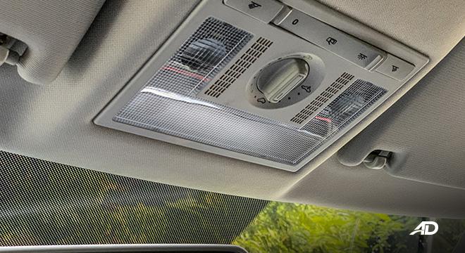 volkswagen santana GTS road test review sunroof controls interior