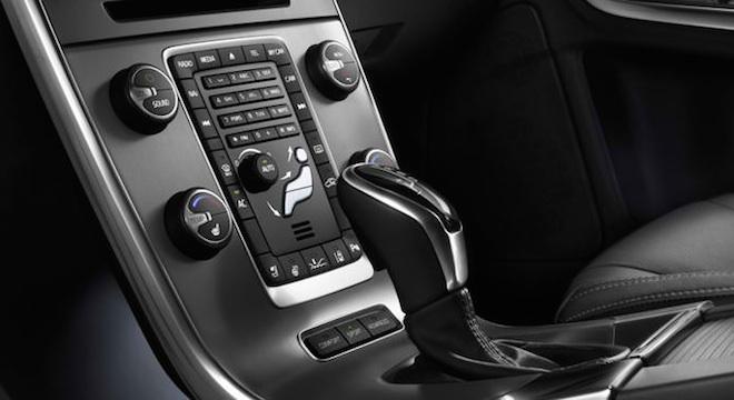 Volvo V60 2018 dashboard