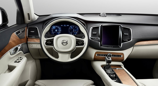 Volvo XC90 2018 dashboard