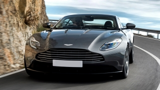 2018 Aston Martin DB11 Coupe front