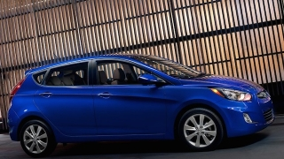 2018 Hyundai Accent Hatchback side