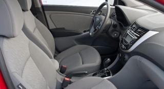 2018 Hyundai Accent Sedan cabin