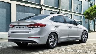 2018 Hyundai Elantra rear