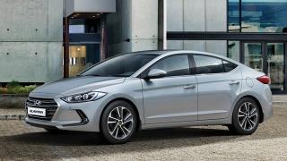 2018 Hyundai Elantra silver